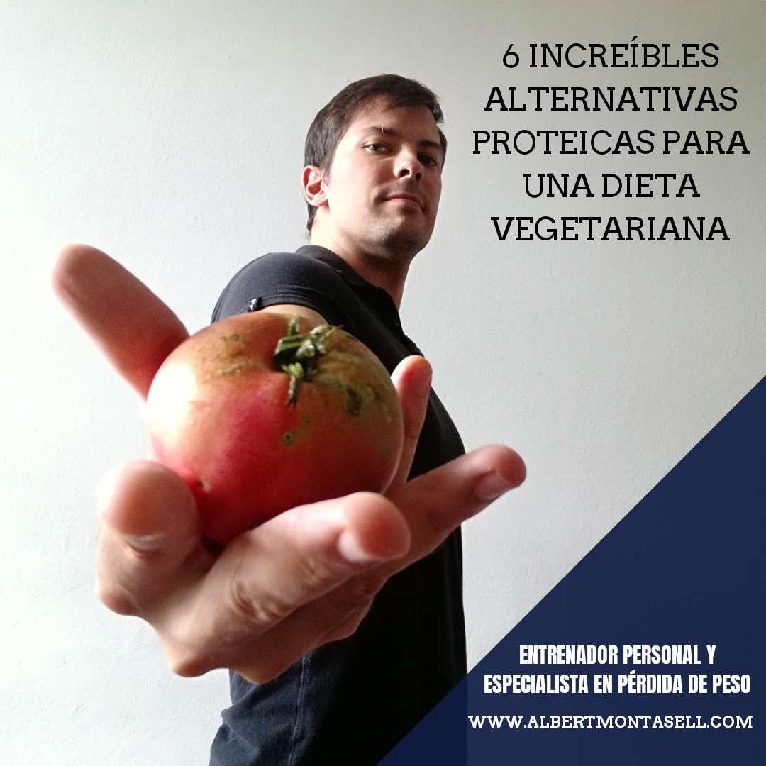 albert montasell mirando un tomate